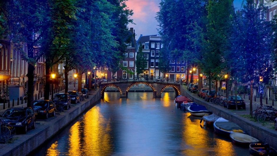 Ámsterdam, capital de los Países Bajos, donde hace poco ganó las elecciones un partido europeísta / Corbis